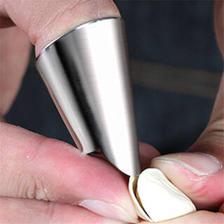 Baldauren 不锈钢摘剥坚果切菜手指保护套 3个装 6.9元(包邮、需用券)