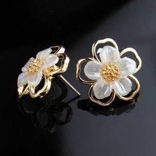 HU LI LAN 湖丽兰 女士925银针双层镂空花朵耳环 759 15.9元(包邮、需用券)